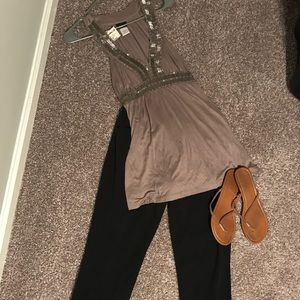 NWT Buckle blinged our sleeveless blouse